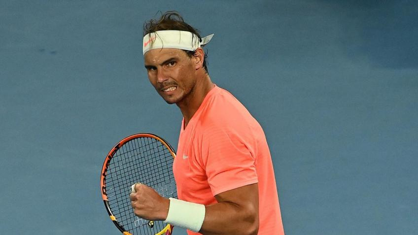 Rafael Nadal gives update on his back after beating Fabio Fognini at AO