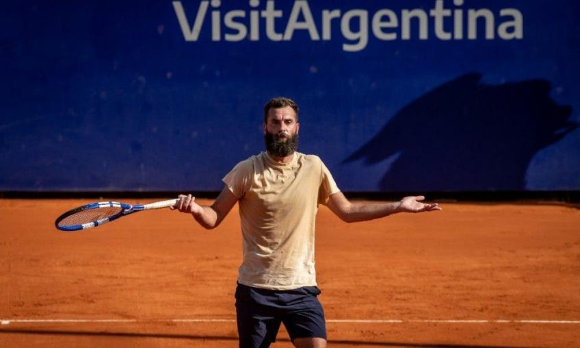 Paire goes crazy: spit and insult in Buenos Aires!