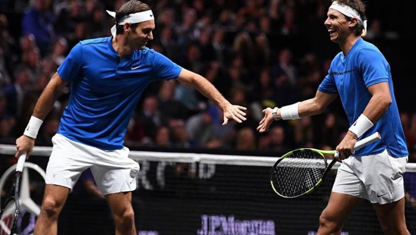 'Roger Federer's gifts are locked in the closet', says huge fan