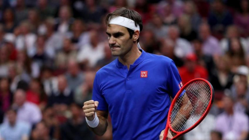 'I think Roger Federer is the only one who is able...', says Djokovic's brother