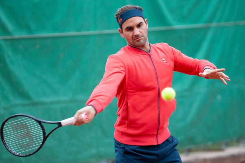 'Roger Federer's not going to go into the grass season not thinking...', says coach
