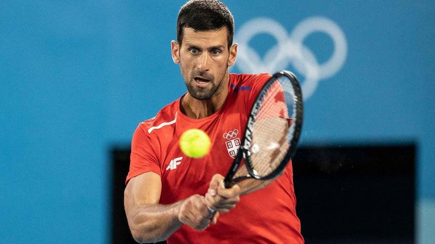 'I wouldn't put too much pressure on Novak Djokovic to go...', says analyst