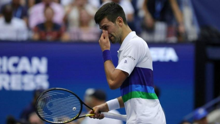 'Novak Djokovic has been carrying it on his shoulders all year', says top coach