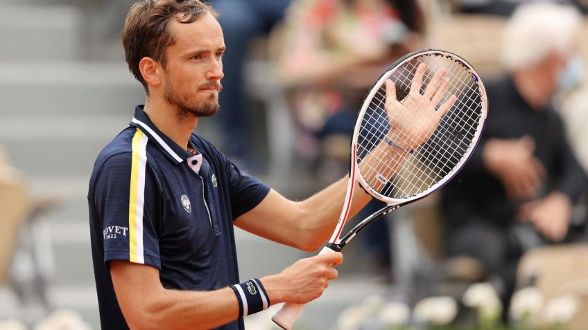 Coach Gilles Cervara: Daniil Medvedev can't win 2022 French Open