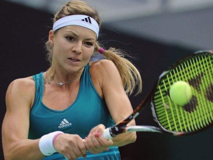 Tennis - Russian Maria Kirilenko withdraw from Sofia event after injuring left knee in first match