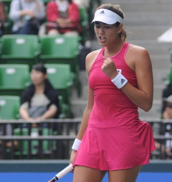 Wozniacki survives, but Jankovic ousted by Muguruza in Tokyo