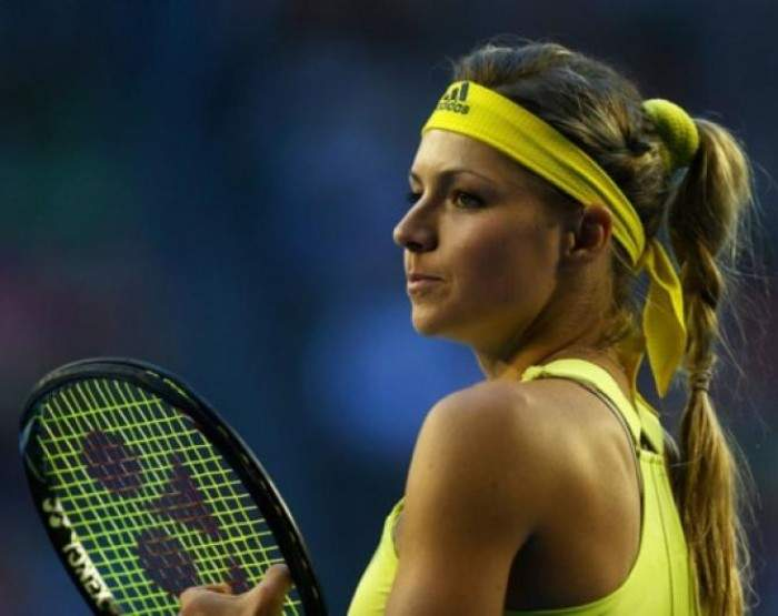 Kirilenko, Kanepi register hard fought wins in Seoul