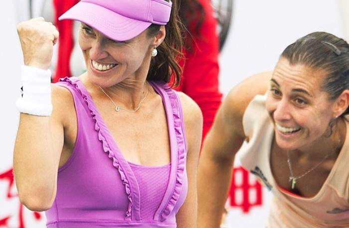 Martina Hingis And Flavia Pennetta Win Wuhan Open; Move Closer to WTA Finals in Singapore
