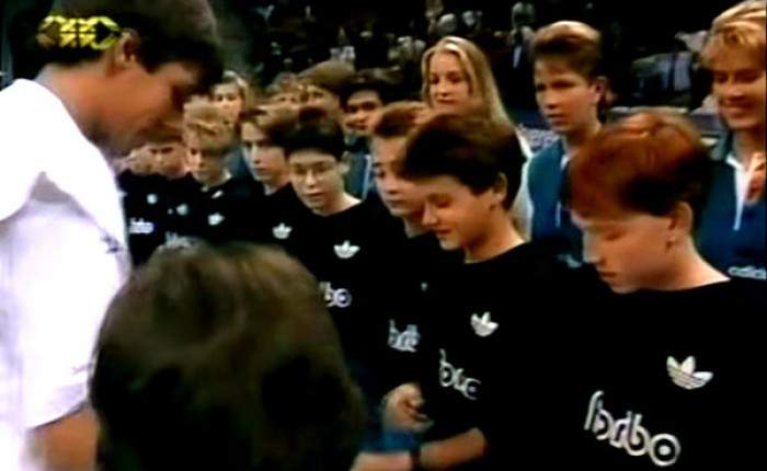 Blast From The Past: Roger Federer as Ball Boy at Swiss Indoors