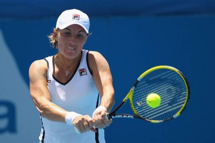 WTA Syndey - Kuznetsova upsets Zvonareva in straight sets