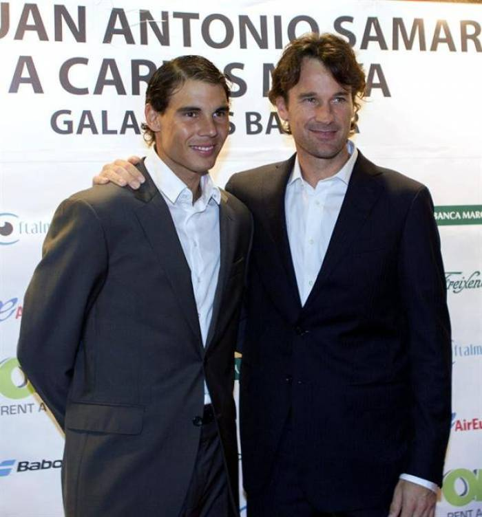 ¿Cuánto mide Rafa Nadal? - Real height Carlos-moya-with-nadal-i-will-be-demanding-like-no-else-he-can-be-great-again-