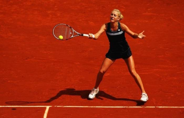 WTA UNICEF OPEN - Radwanska upsets fourth seeded Pennetta