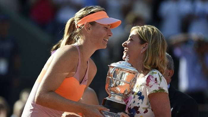 Chris Evert: Maria Sharapova is one of the favourites at the French Open (TWEET INSIDE)