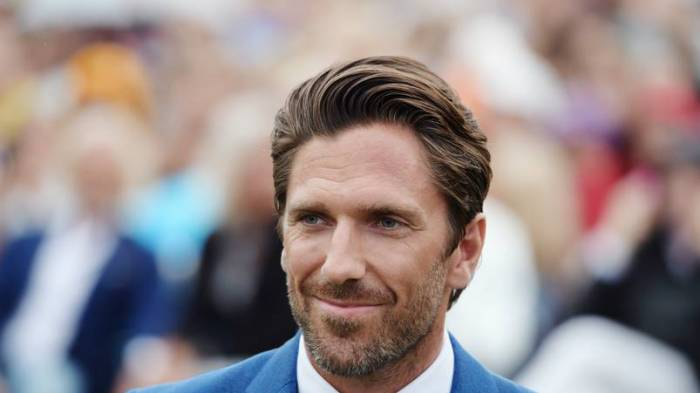Ice Hockey Superstar Henrik Lundqvist Says He Is Keen On Learning