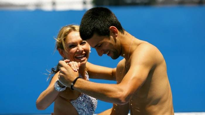Novak Djokovic plays paddle tennis and dances on court! (PICS INSIDE)