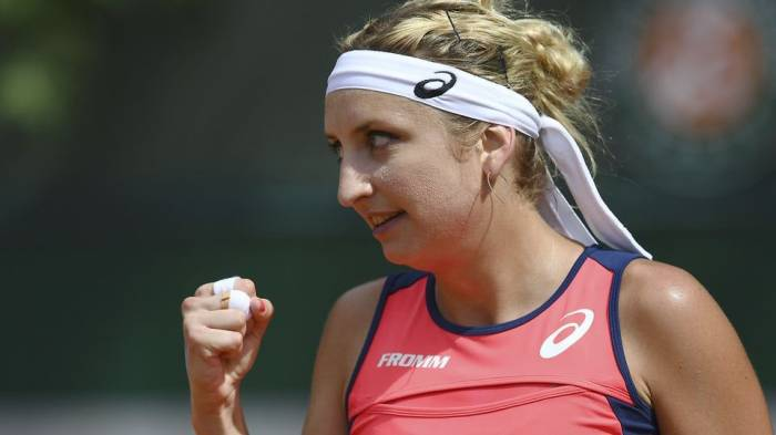 Bacsinszky: 'Against me Mladenovic can cheer herself up in Hungarian too!'