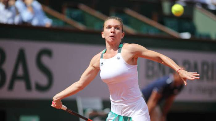 Simona Halep: 'I felt ashamed for my on court coaching with Cahill'