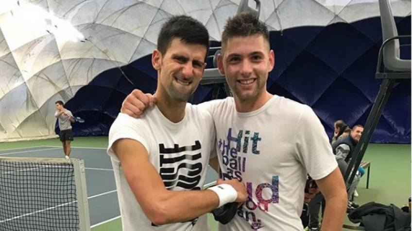 Novak Djokovic trains with Filip Krajinovic - Videos and Pics