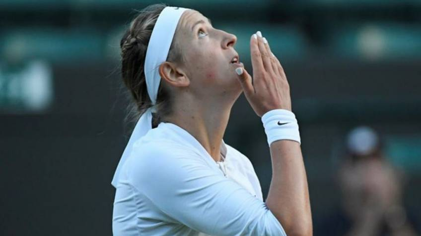 After coach, also fitness trainer splits with Victoria Azarenka