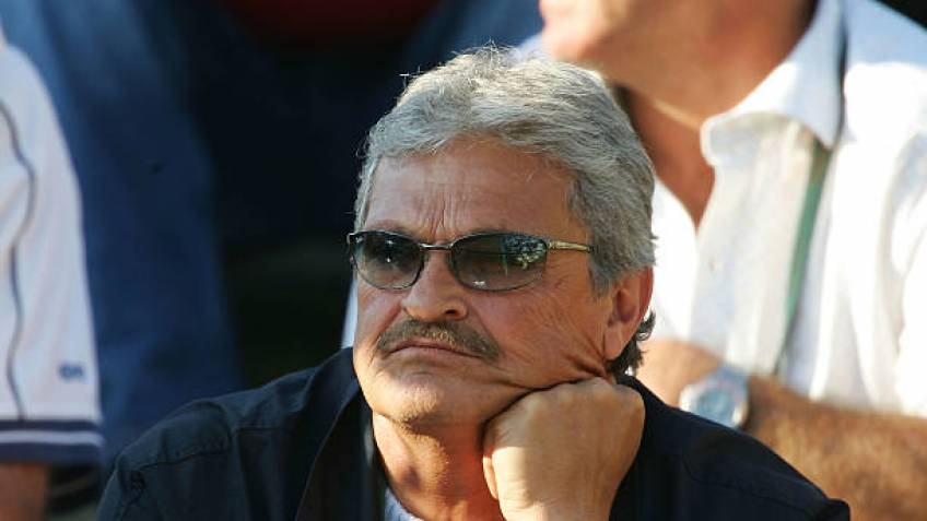 Tennis coach Nick Philippoussis hit by massive stroke