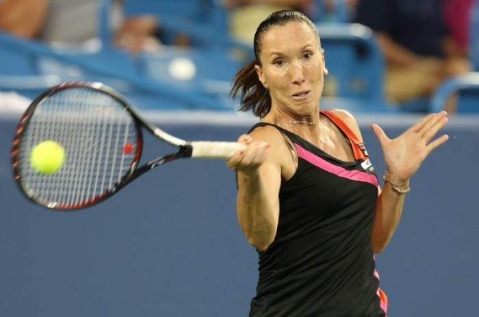 WTA Texas - Jelena Jankovic survives marathon to reach second round