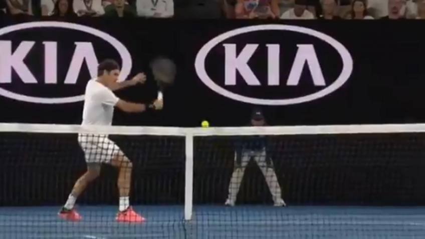 Roger Federer hits three fantastic drop shots