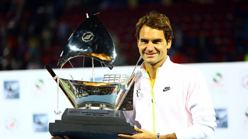 Nadal congratulates Federer after losing No. 1 spot to him
