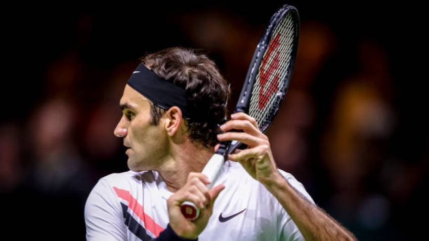 A former top 10 player reveals why Roger Federer is better than the rest