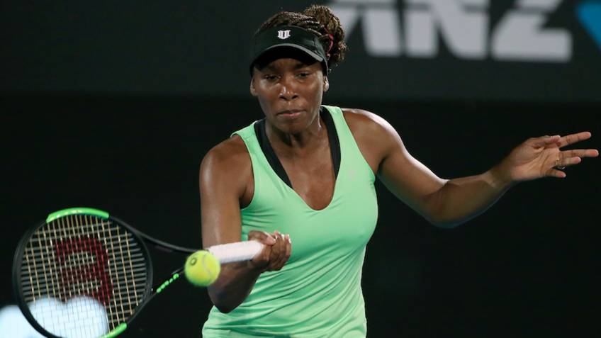 Venus defeats Serena at Indian Wells