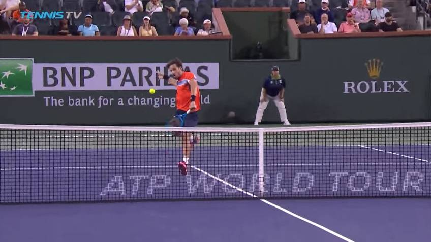 Feliciano Lopez Shows His Prowess At Net