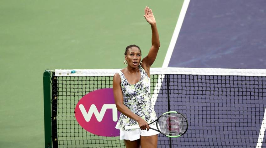 Williams sets up semi-final against giant killer Kasatkina at Indian Wells