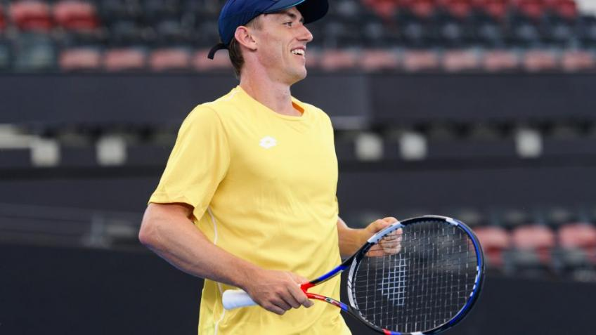 John Millman wins set at Miami without dropping single point on his serve