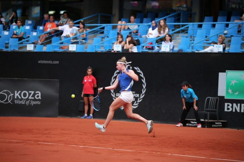 WTA Istanbul: Parmentier edges Hercog for the first title in 10 years!