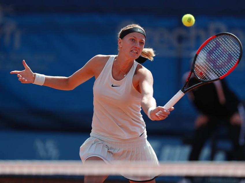 2nd-seeded Petra Kvitova makes 2nd round of Prague Open