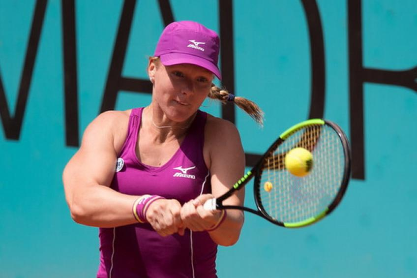 Bertens cruises past Garcia to reach Madrid final