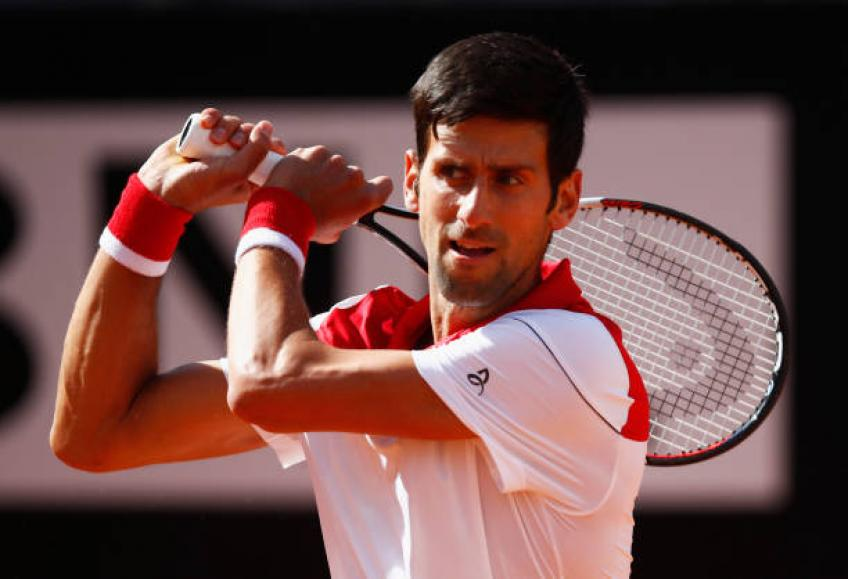 Djokovic blasts into Rome second round