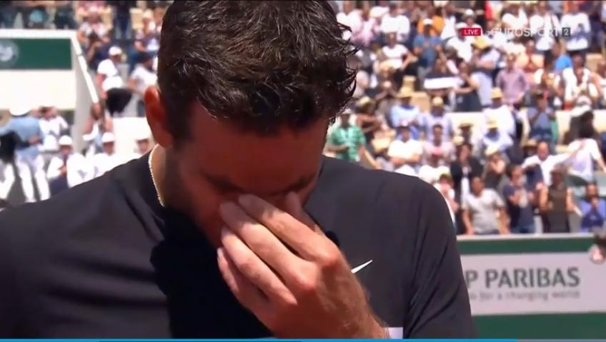 Del Potro in tears at the French Open