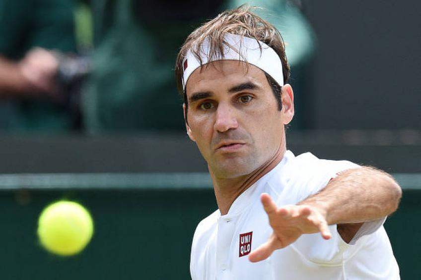 'Roger Federer needs to take risks and be the hunter again' - Marc Rosset