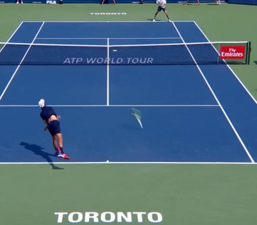 Benoit Paire tosses racket twice while serving!