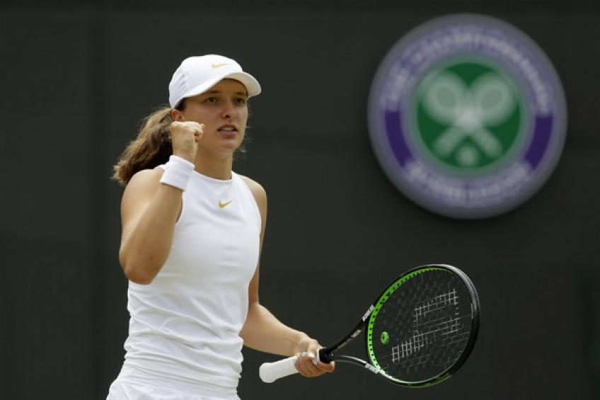 17-year-old Iga Swiatek wins her second $60,000 title in Montreux