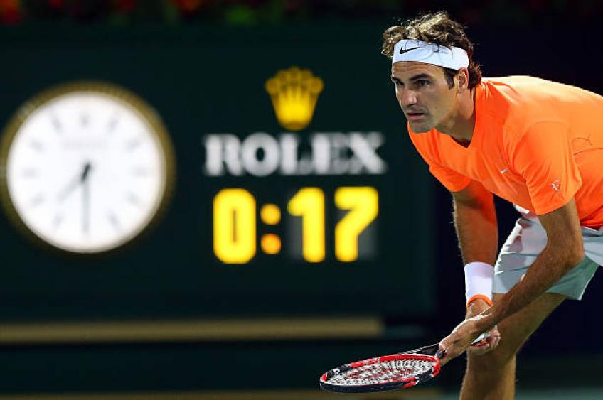 Roger Federer sweeps aside Kei Nishikori to set up Novak Djokovic clash
