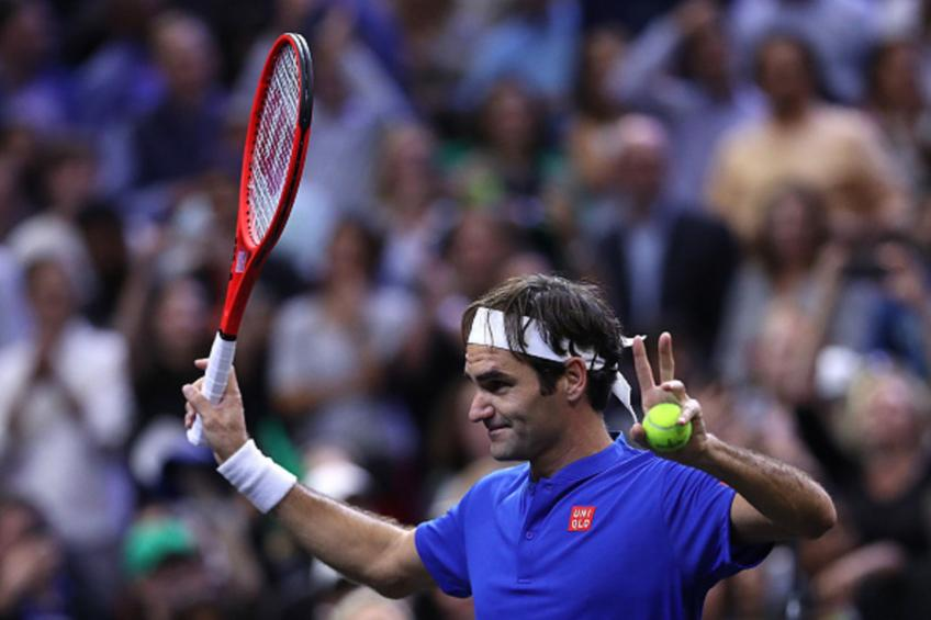 Federer battles, Djokovic cruises, del Potro out in Shanghai