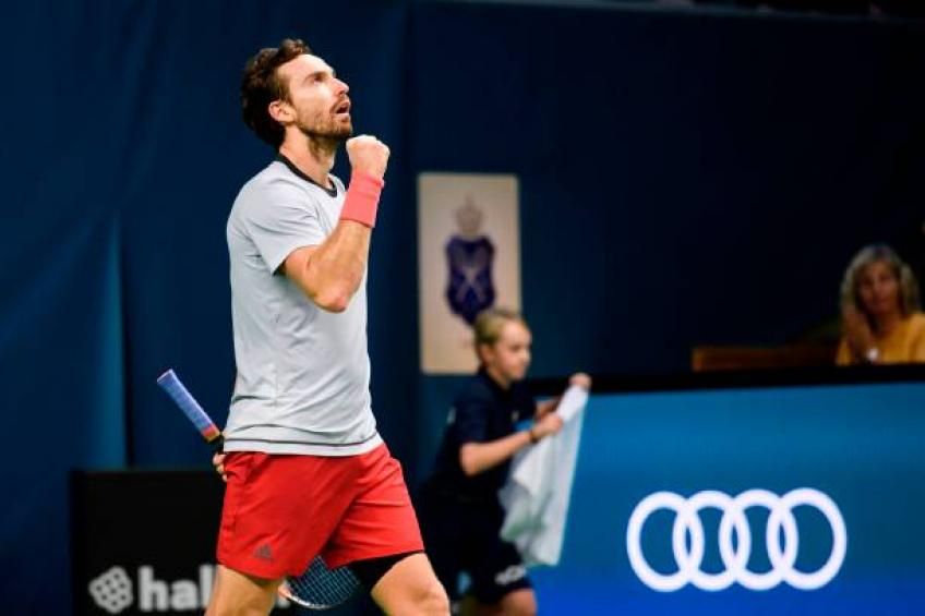 Gulbis beats Isner to reach Stockholm Open final