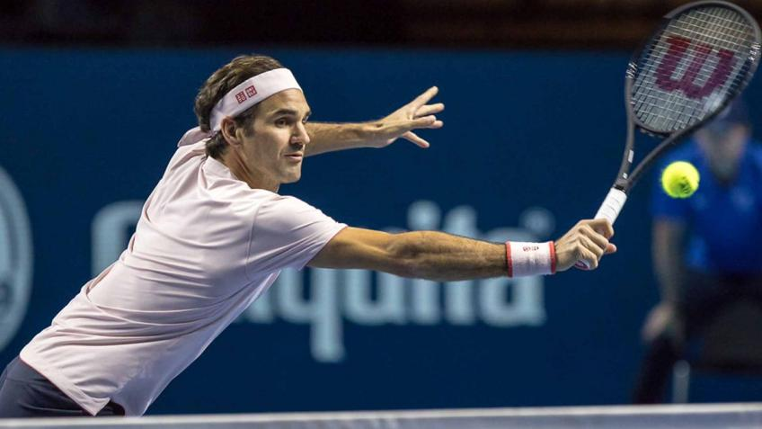 Federer advances to Swiss Indoors quarter-finals