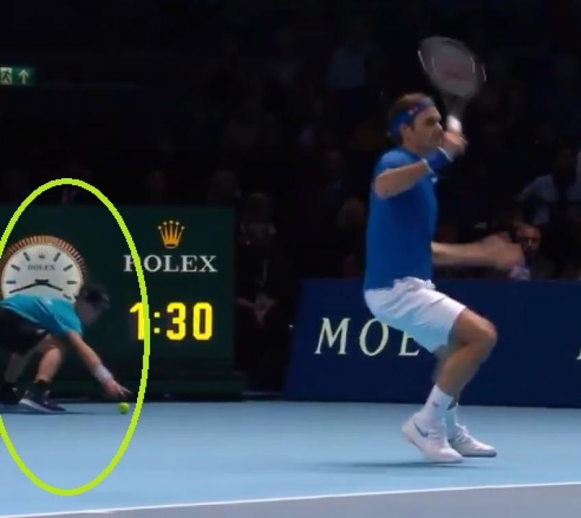 Zverev, Federer and the incredible ball boy drama - 2018 ATP Finals
