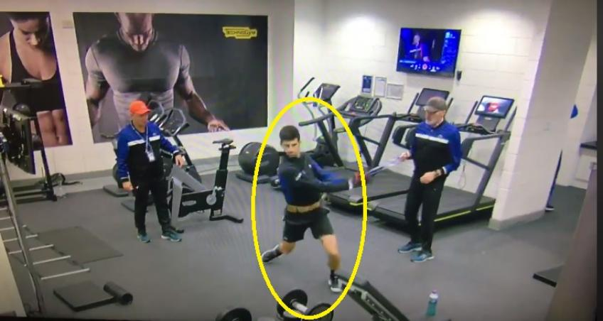 How Novak Djokovic warms up before matches
