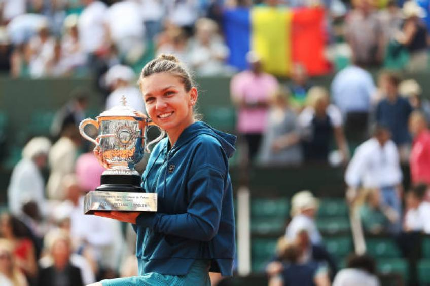 It's a never ending pressure on Simona Halep, says Nadia Comaneci