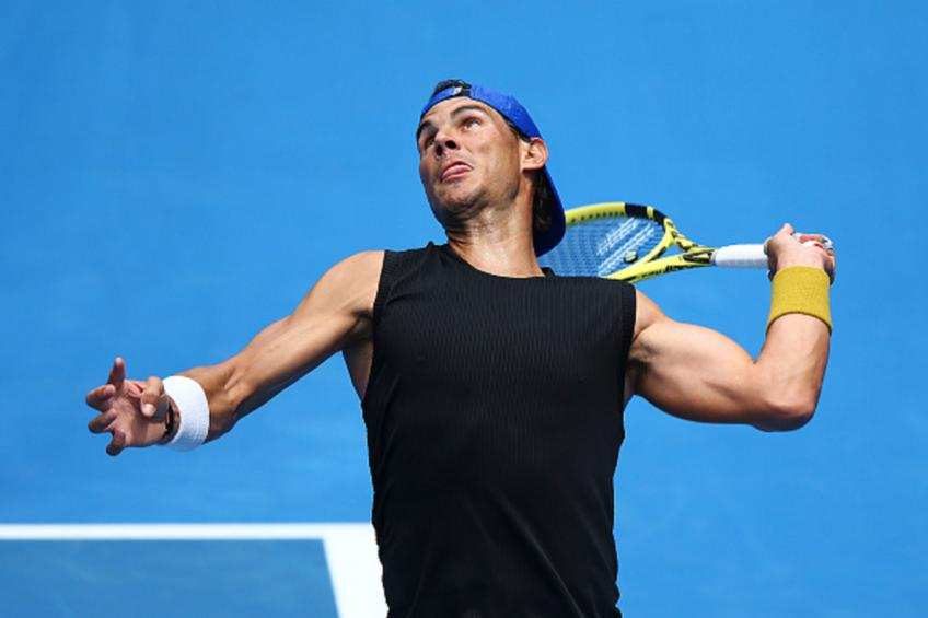 Rafael Nadal, Maria Sharapova advance in straight sets at Australian Open