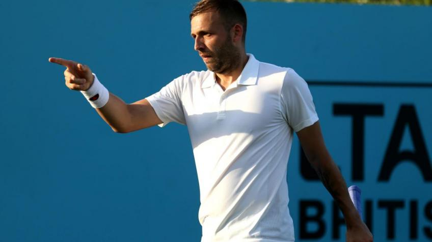 Briton Evans shocks Isner in Delray Beach Open