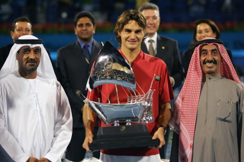 Federer Seeks Revenge, 100th Career Title v Tsitsipas In Dubai Final Saturday